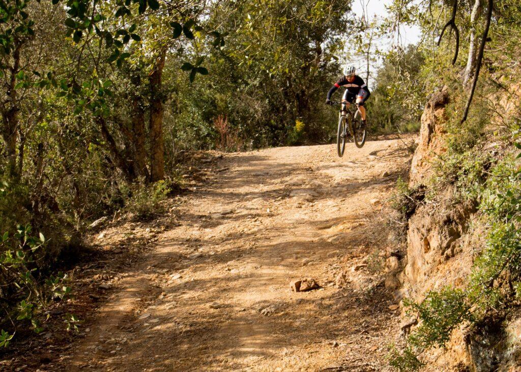 La ruta dels 2 massissos (1/2 dies) Gavarres i Ardenya