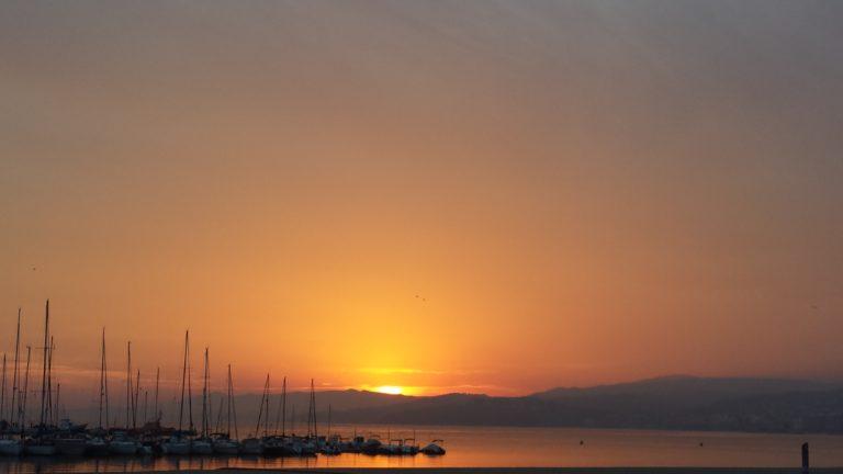 El casc antic i la posta de sol